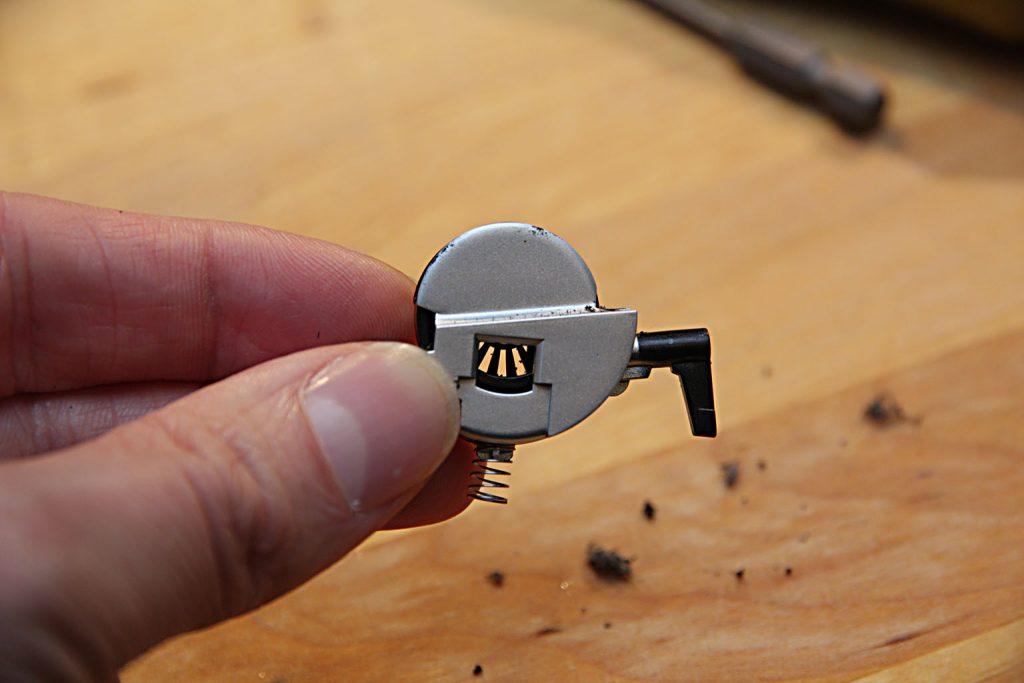 Und den Rad-Encoder gesäubert (mit dem Pinsel und pusten).